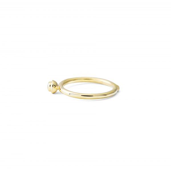 Aukso žiedas su briliantu Pumpuras, YURGA, Jurga Lago