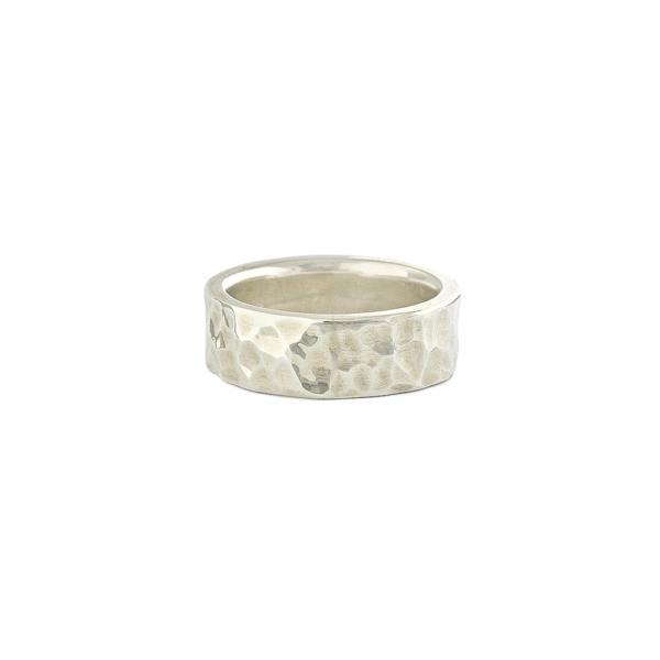 Kalinėtas vyriškas sidabro žiedas