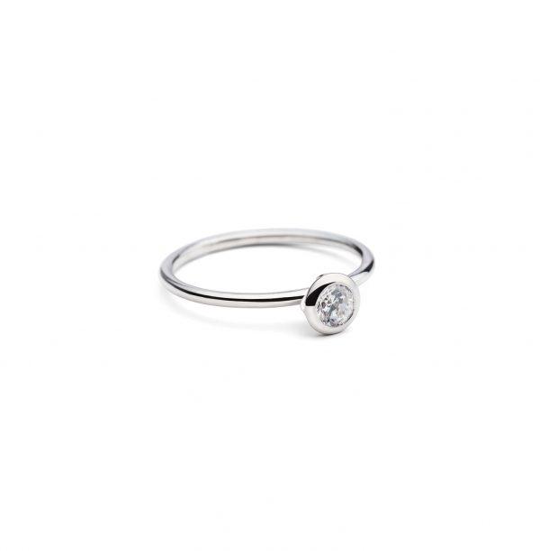Balto Aukso žiedas Princesė, YURGA, dizainerė: Jurga Lago