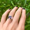 Aukso žiedas su safyru Namai, YURGA, dizainerė Jurga Lago