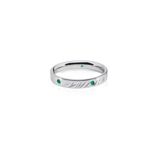 aukso žiedas su smaragdais, Žolytė, Little grass